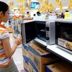 Hướng dẫn cách chọn mua lò vi sóng hợp túi tiền