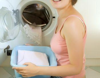 Khắc phục máy giặt kêu to,rung lắc