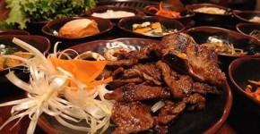 Thịt nướng kim chi thơm ngon từ lò vi sóng