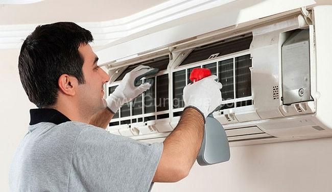 Dịch vụ vệ sinh máy lạnh tại quận 2 giá cạnh tranh