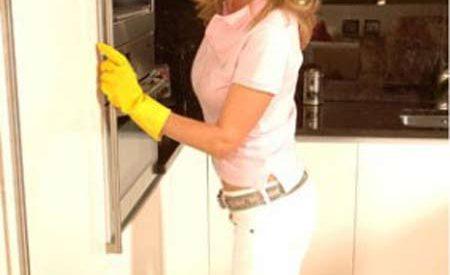 Mẹo khử mùi hôi trong nhà đơn giản
