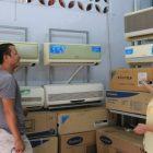 """""""Mếu máo"""" vì mua phải máy lạnh dỡm"""