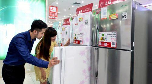 Cách kiểm tra đèn sáng hay không khi đóng tủ lạnh